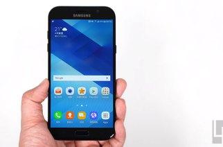 三星Galaxy A7 (2017)動手玩:不僅IP68,方方面面都有「大」進化