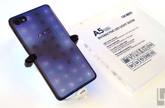 Alcatel A5 LED模組化手機動手玩:閃爍燈光秀是一大「亮」點