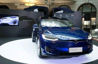 Tesla Model X純電運動休旅正式登台!四車型售404.3w起