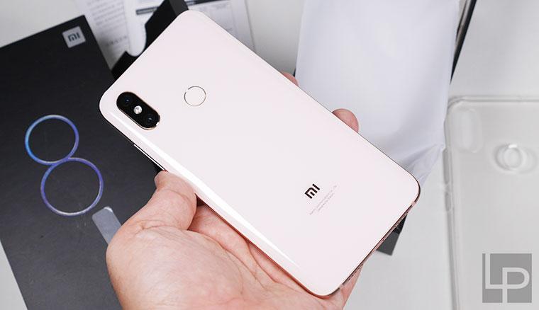 小米8開箱實測!目前CP值最高的旗艦手機,平價入手頂級規格與使用體驗