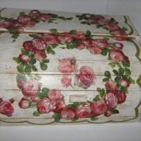 shabby-chic-roses-bread-box13