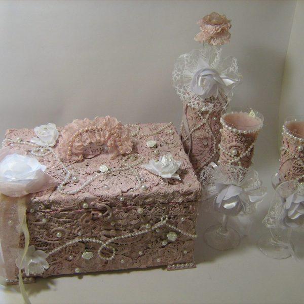 wedding-set-box-bottle-and-glasses