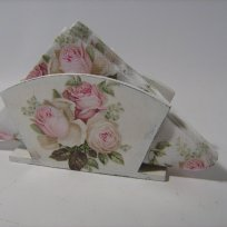 shabby-chic-roses-chic-pale