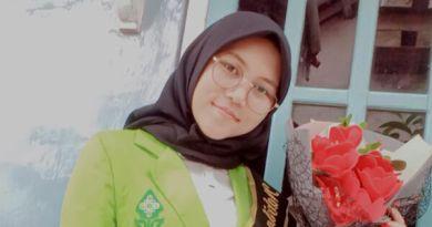 Sosok Nabila Nikmatul Laili, Wisudawan dengan skripsi terbaik FDK yang nyaris Gagal Wisuda. Dok. Lpmmissi.com