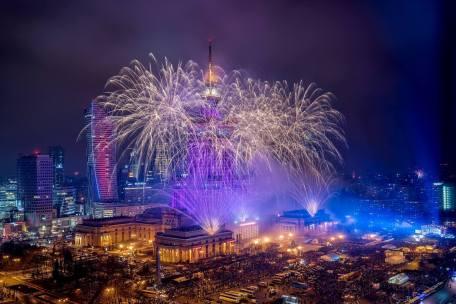 Les feux d'artifice à Varsovie au final de WOSP