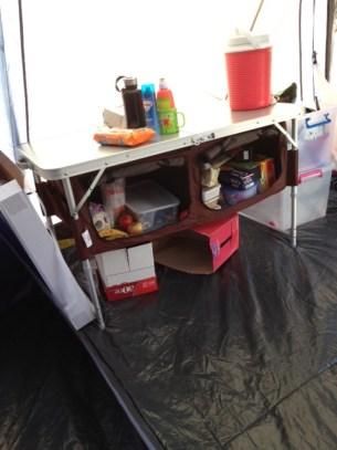 looky at my new camp kitchen!!! LOOOOOVE it!