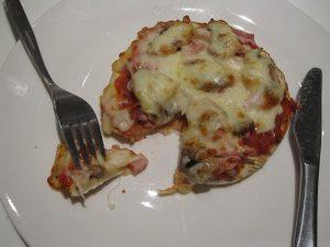 Opskrift på De nemmeste små pizzaer
