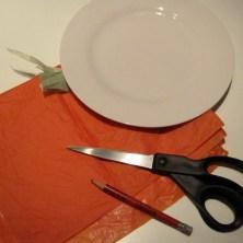 Hjemmelavede slikpakker som halloween græskar - trin 1