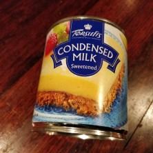 Kondenseret mælk på dåse