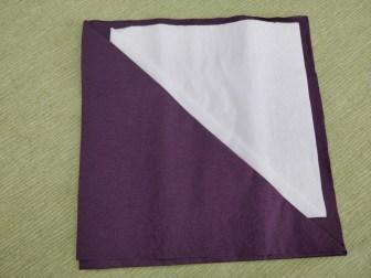 servietfold i to farver - bestikpung