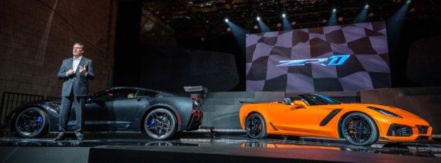 2019 Corvette coupe and convertible