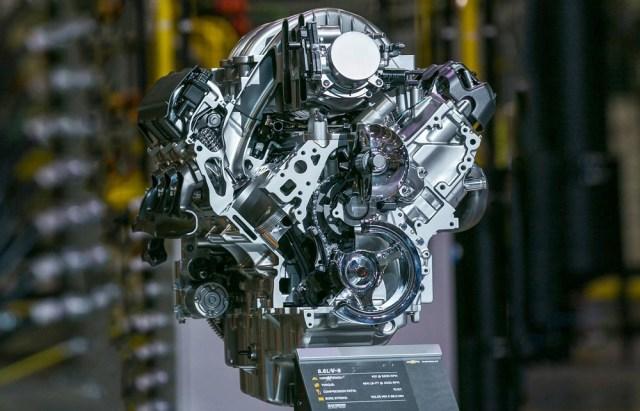 GM L8T 6.6-liter V8 Truck Engine Motor