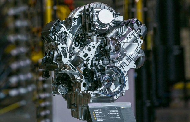 GM L8T 6.6-liter V8 Truck Engine Motor