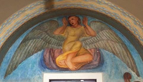 Giotto like expression. Caitlyn like feet.