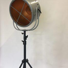 Projecteur style vintage caméra