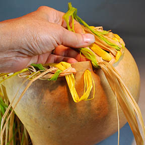 how to tie off a braided rim for a gourd