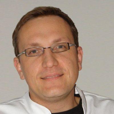 dr Piotr Markiewicz
