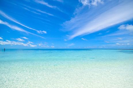 Image of an ocean on a beautiful sunny day. This is the picture I would imagine when using my dilators. I would imagine the cool water and aquamarine color healing and soothing me.