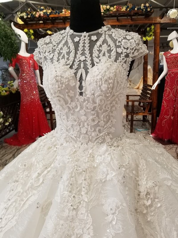 O-neck Beauty Bridal Ball Gown Wedding Dress 2018