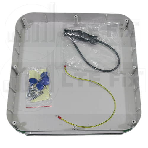 700-3800MHz Cellular 8dBi Directional 4x4 MIMO Antenna (± 45°) RJ45 Connector Accessories
