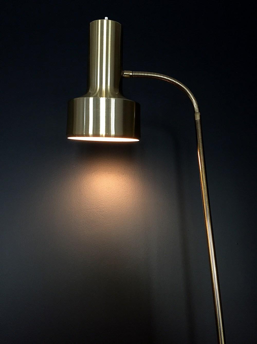 Dansa lampe. lampadaire scandinave vintage laiton