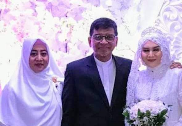 Ayat Larangan Menghimpun Dua Bersaudari dalam Satu Perkawinan