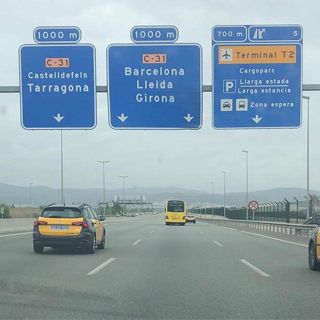 空港からバルセロナ市内へ