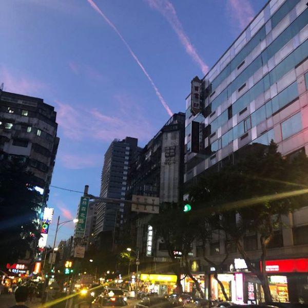 夕暮れ台北
