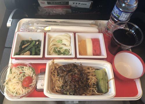 JALシンガポール発成田行き 機内食
