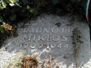"""""""SZÓLJANAK A VERSEK!"""" – Emlékezzünk együtt Radnótira"""