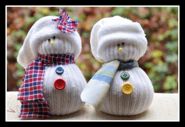 bonecos-de-neves-de-meias