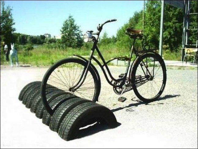 16 reuse tires as bike storage - COMO DECORAR GASTANDO POUCO COM PNEUS