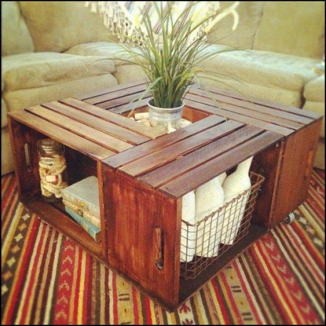 mesa de centro de caixotes economize.catracalivre.com .br .br1  - COMO DECORAR SUA CASA GASTANDO POUCO COM PALLETS E CAIXOTES