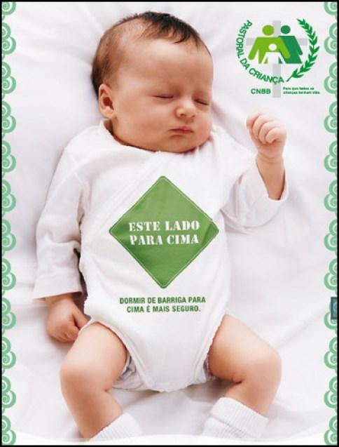 posição certa para o bebê dormir - DICAS DE SEGURANÇA PARA A PREVENÇÃO DE ACIDENTES COM AS CRIANÇAS