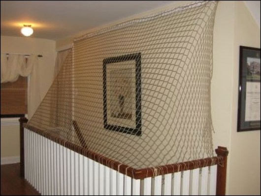 tela de rede para proteger de queda em vao de escada - DICAS DE SEGURANÇA PARA A PREVENÇÃO DE ACIDENTES COM AS CRIANÇAS