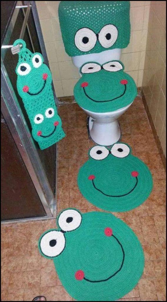 tapete banheiro sapinho - MODELOS VARIADOS DE TAPETES COLORIDOS DE CROCHÊ