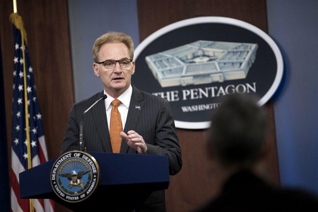 Quyền Tư lệnh Hải quân Mỹ, Thomas Modly. Ảnh: NBC News.