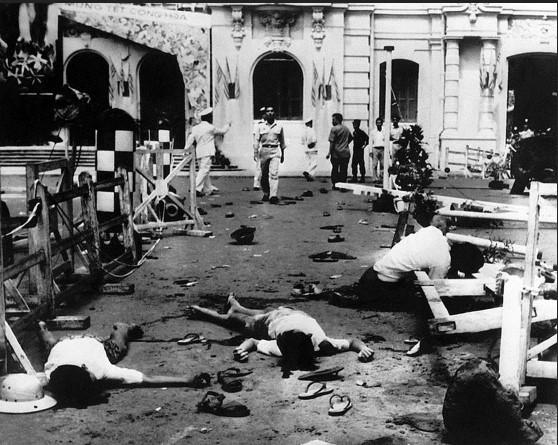Hiện trường vụ đánh bom khủng bố Tòa Đô Chánh tại Sài Gòn ngày 26/10/1962. Ảnh: Chưa rõ nguồn.