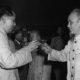 Chủ tịch Trung Quốc Mao Trạch Đông và Chủ tịch nước Việt Nam Hồ Chí Minh năm 1955 tại Bắc Kinh. Ảnh: Flickr/Chưa rõ nguồn.