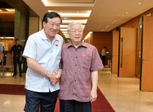 Chánh án Tòa án Nhân dân Tối cao Nguyễn Hòa Bình và Tổng bí thư Nguyễn Phú Trong tại kỳ họp Quốc hội tháng 5/2018. Ảnh: quochoi.vn.