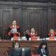 Hội đồng Thẩm phán công bố quyết định giám đốc thẩm vụ án Hồ Duy Hải, ngày 9/5/2020. Ảnh: TTXVN.