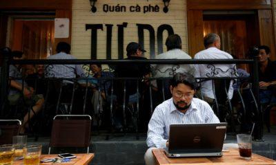 Quán cafe Tự Do ở Hà Nội. Ảnh: REUTERS/Kham.