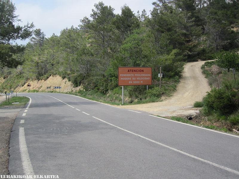 Posiciones defensivas de Las Tetas en la Serra d'Espadà - Itinerario 1
