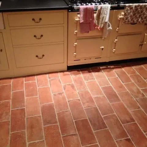 the many uses of terracotta tiles a