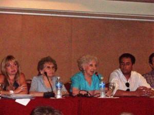 phoca thumb l 10-01-2011.-junto-a-la-presidenta-de-abuelas-de-plaza-de-mayo-estela-de-carlotto-y-