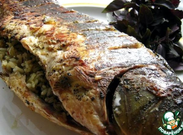 Карп фаршированный гречкой запеченный в духовке рецепт с ...
