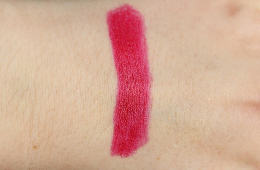 "Swatch p2 cosmetics Secret Splendor LE - Marvelous Illusion Lipstick ""030 plush red"""