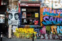 graffiti in rue deyonez (1)
