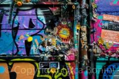 graffiti in rue deyonez (2)