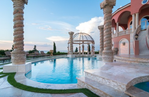 Roman-Swimming-Pool-Statues-Port-Ritchey-web-4007
